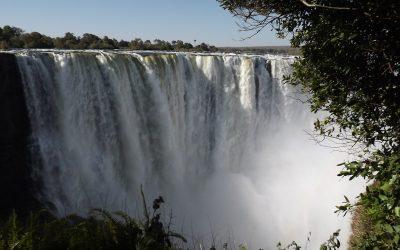Die Victoriafälle in Sambia und Simbabwe
